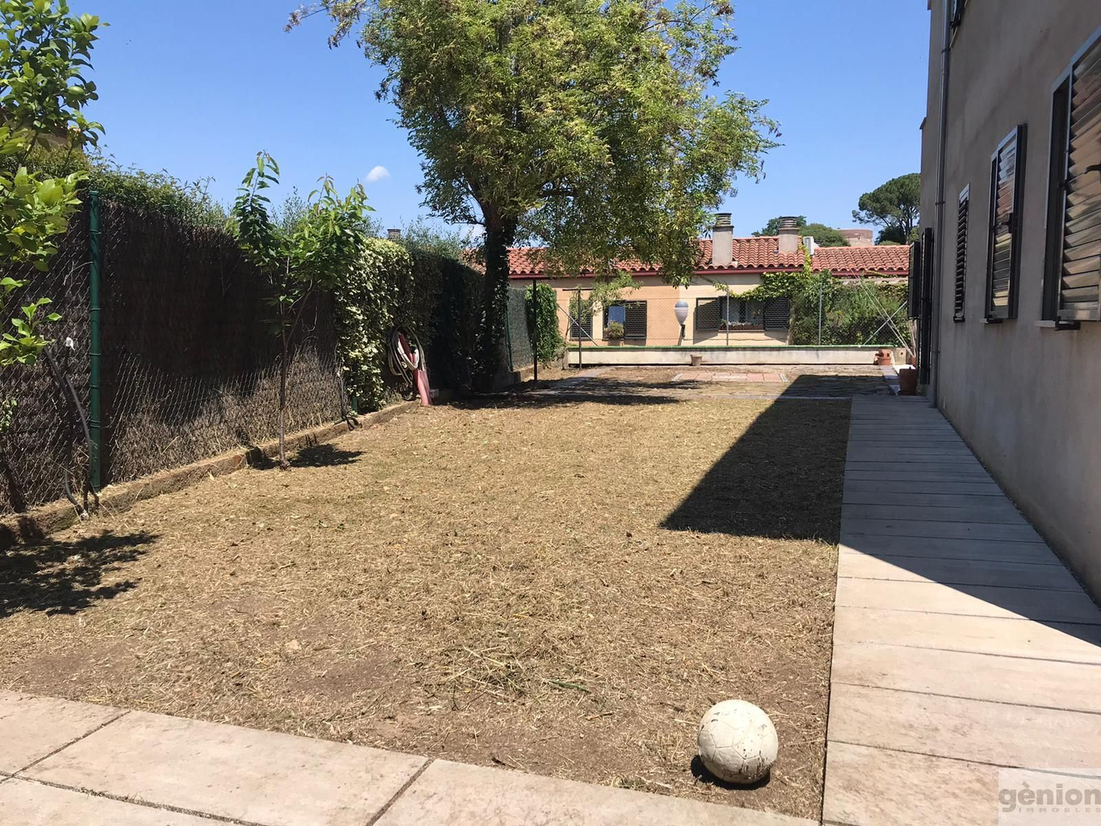 DETACHED HOUSE IN LES PEDRERES, GIRONA. 493 m² PLOT WITH A BUILT SURFACE AREA OF 279 m²
