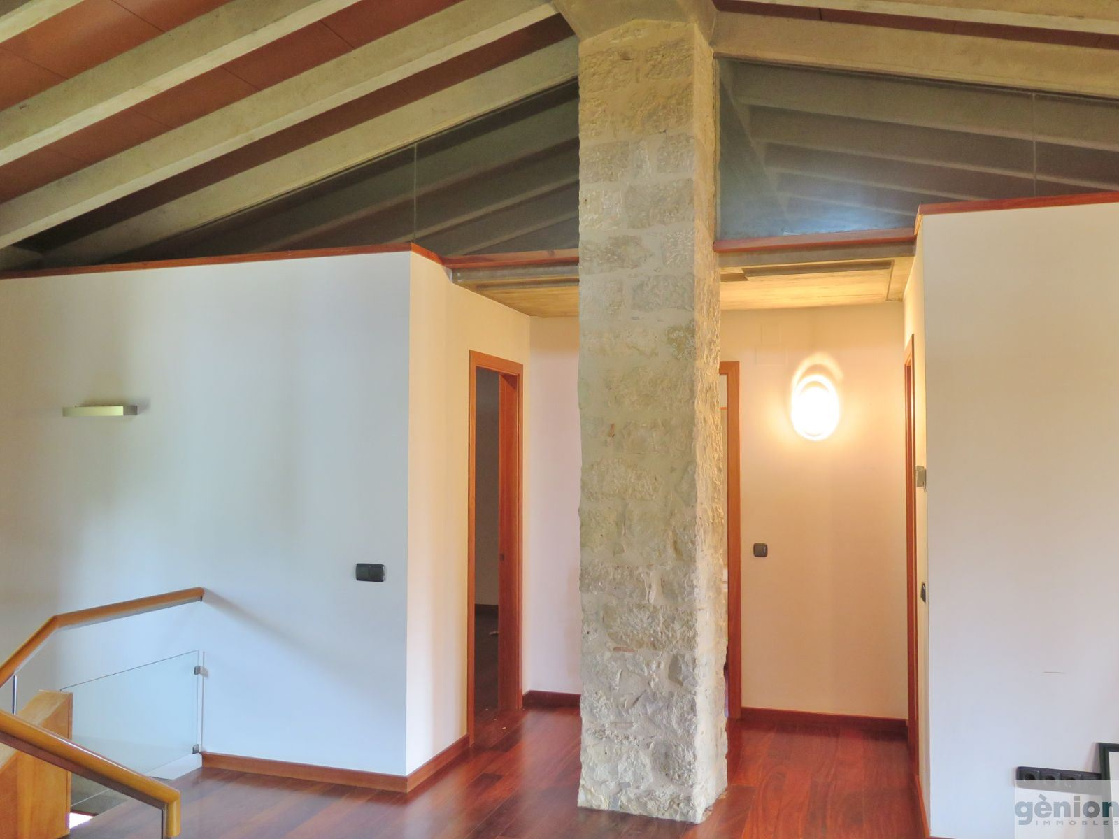 FARMHOUSE IN PORQUERES, PLA DE L'ESTANY, WITH A LIVING AREA OF 523 M² IN GROUNDS OF 3,000 M²