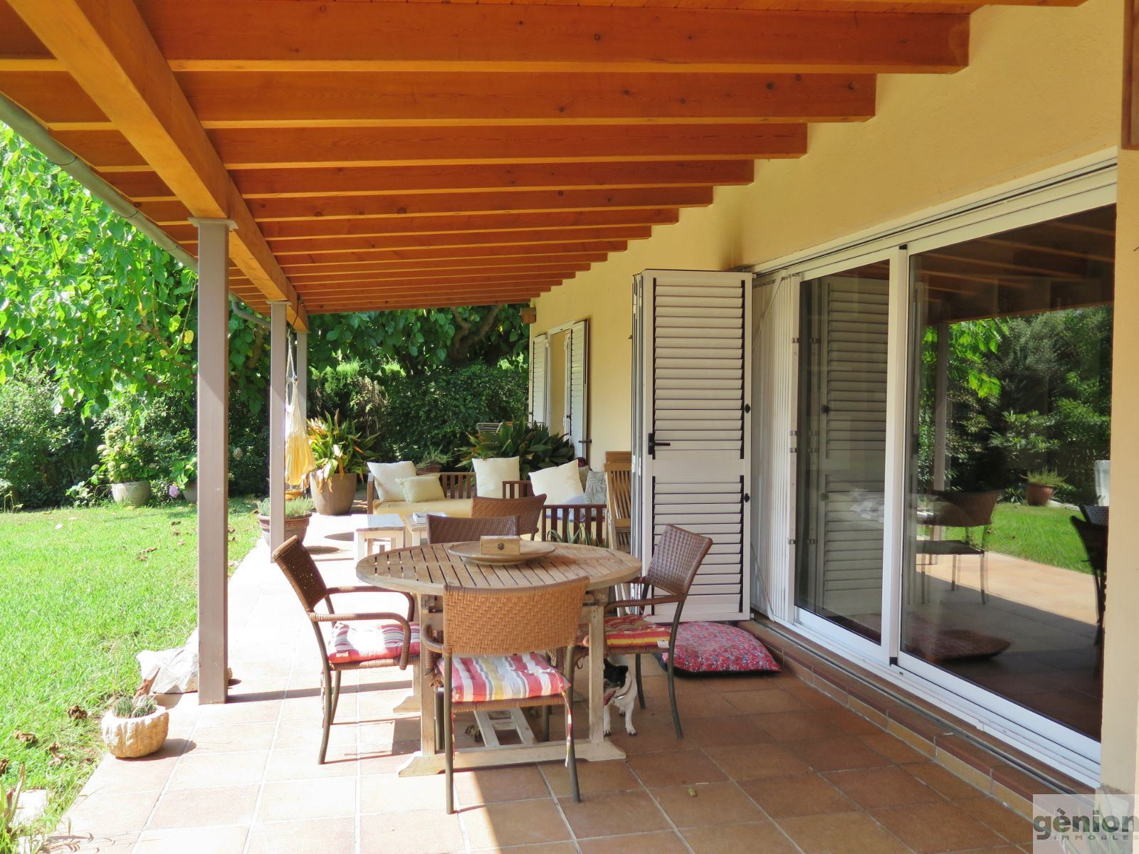 DETACHED HOUSE IN AMER (LA SELVA), SINGLE-STOREY PROPERTY WITH LARGE GARDEN AND SWIMMING POOL