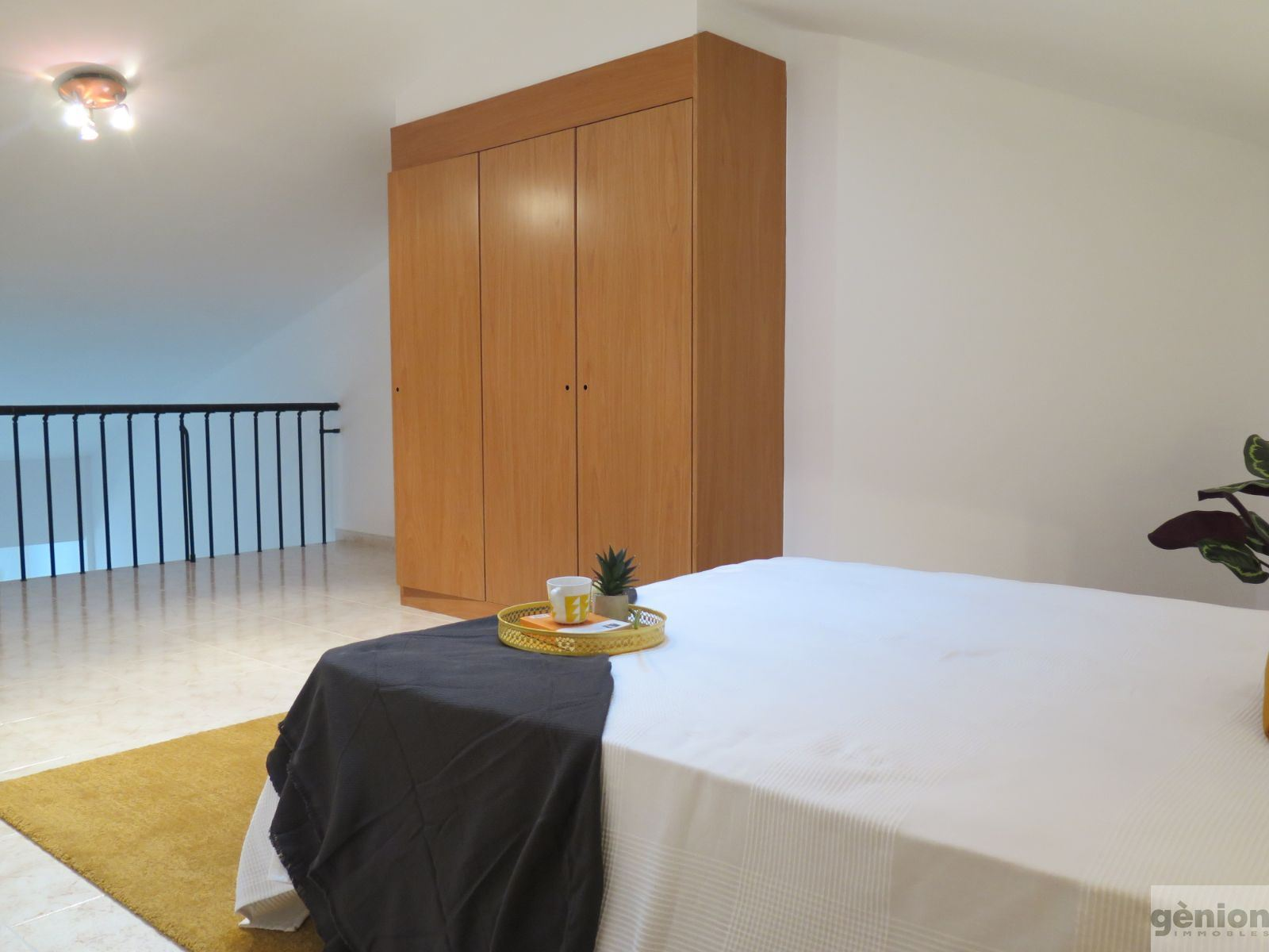 4-BEDROOM 2-STOREY APARTMENT IN GIRONA'S PERICOT AREA. WITH LARGE PARKING SPACE INCLUDED