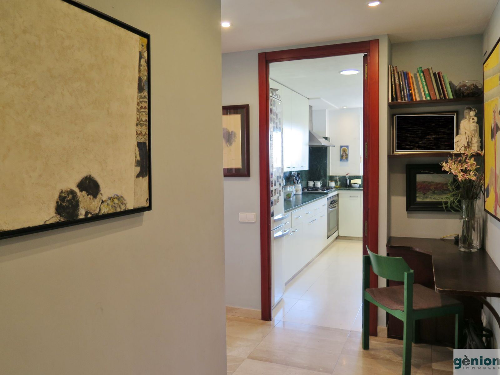170 m2 TOP-FLOOR CORNER APARTMENT WITH 4 LARGE BEDROOMS, IN GIRONA'S EIXAMPLE DISTRICT