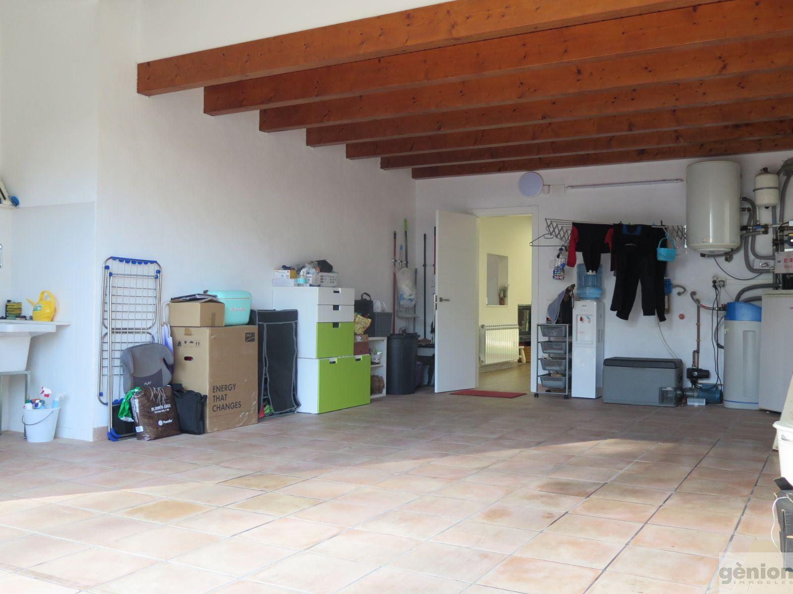 CASA NOVA AL GOLF GIRONA. 277,41M²CONSTRUÏTS I 1.OOOM² DE PARCEL.LA