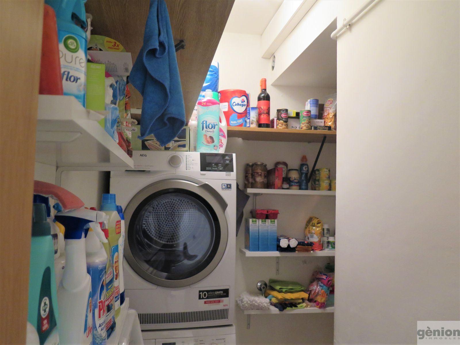 THREE-BEDROOM GROUND-FLOOR APARTMENT IN GIRONA'S LA DEVESA DISTRICT. PEDESTRIANISED STREET
