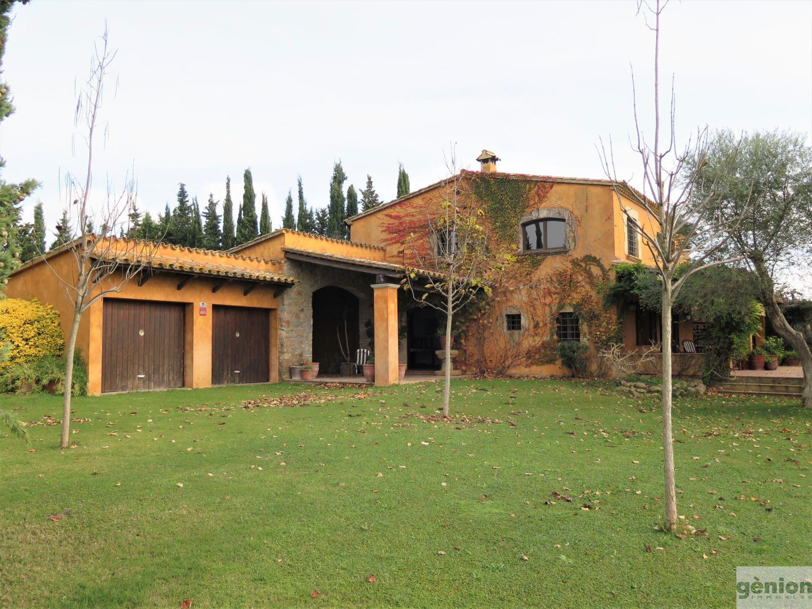 MASIA EN PALAFRUGELL, COSTA BRAVA. 490M² CONSTGRUIDOS Y 11.969M² DE TERRENO