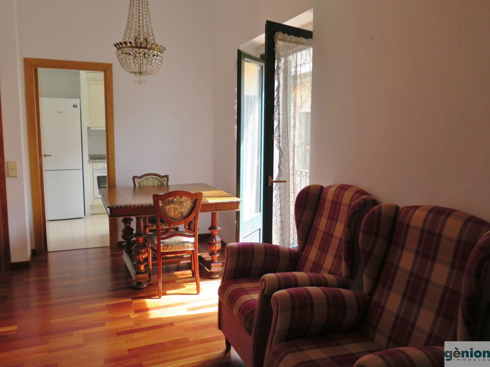 FLAT IN BARRI VELL. DUPLEX IN THE TOP FLOOR, WITH 3 BEDROOMS AND 2 BATHROOMS